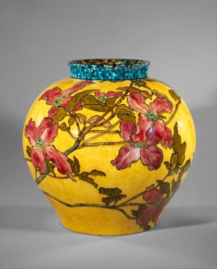 Vase (John Bennett)